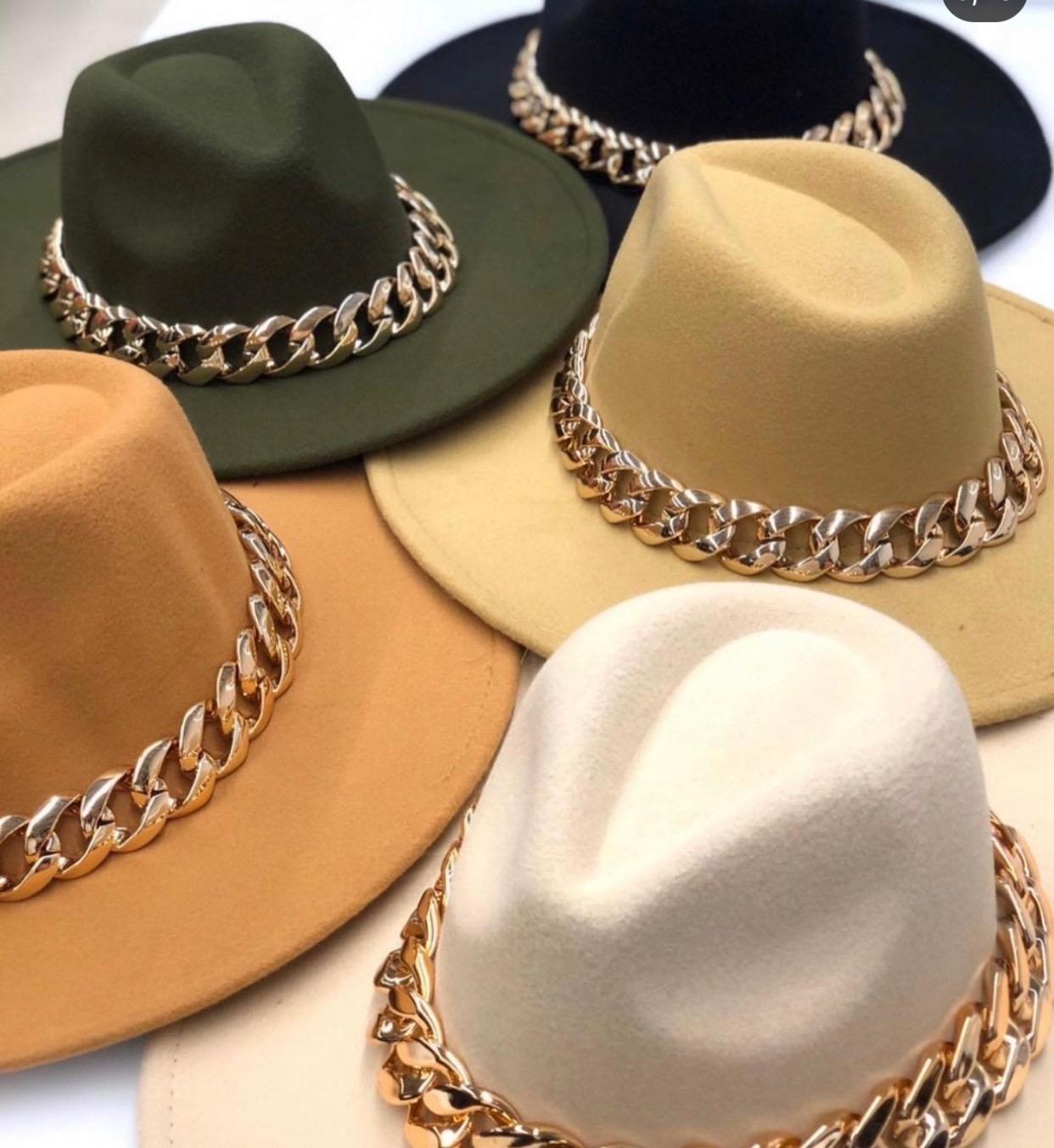 Žavios skrybelės