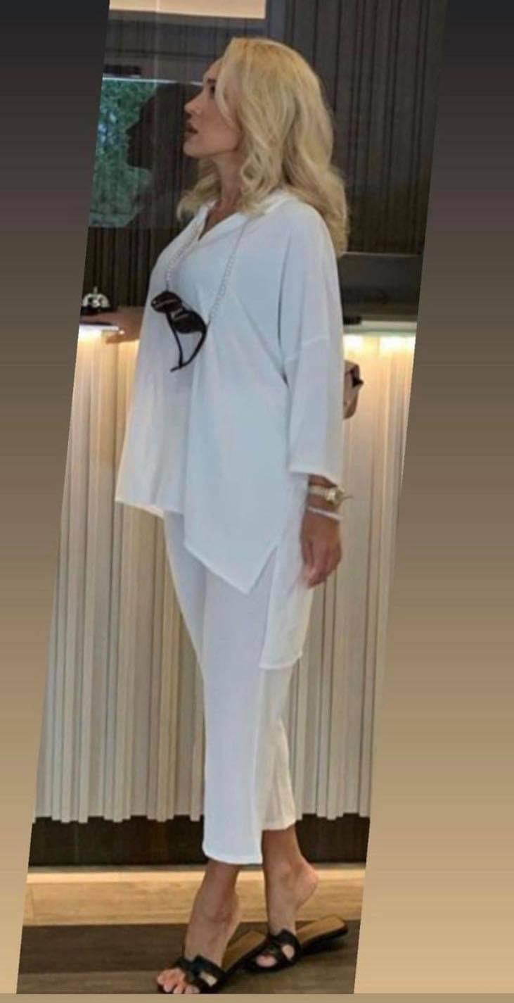 Stilingas lengvas kostiumėlis