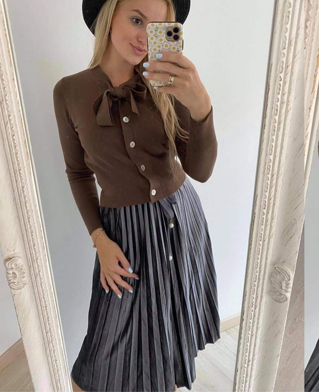 Veliūrinis klostuotas sijonas
