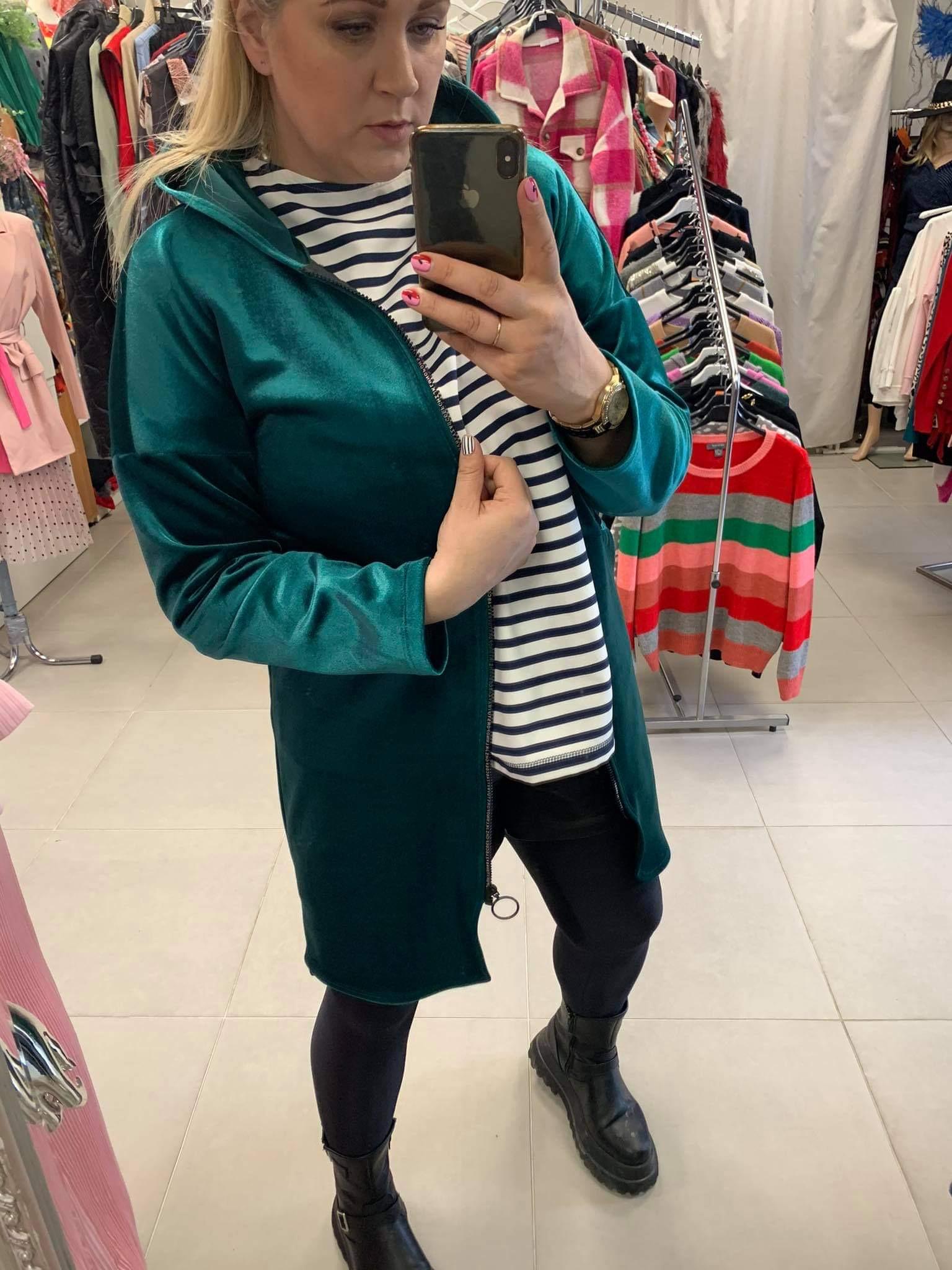 Tamsiai žalias veliūro MS džemperis paltas